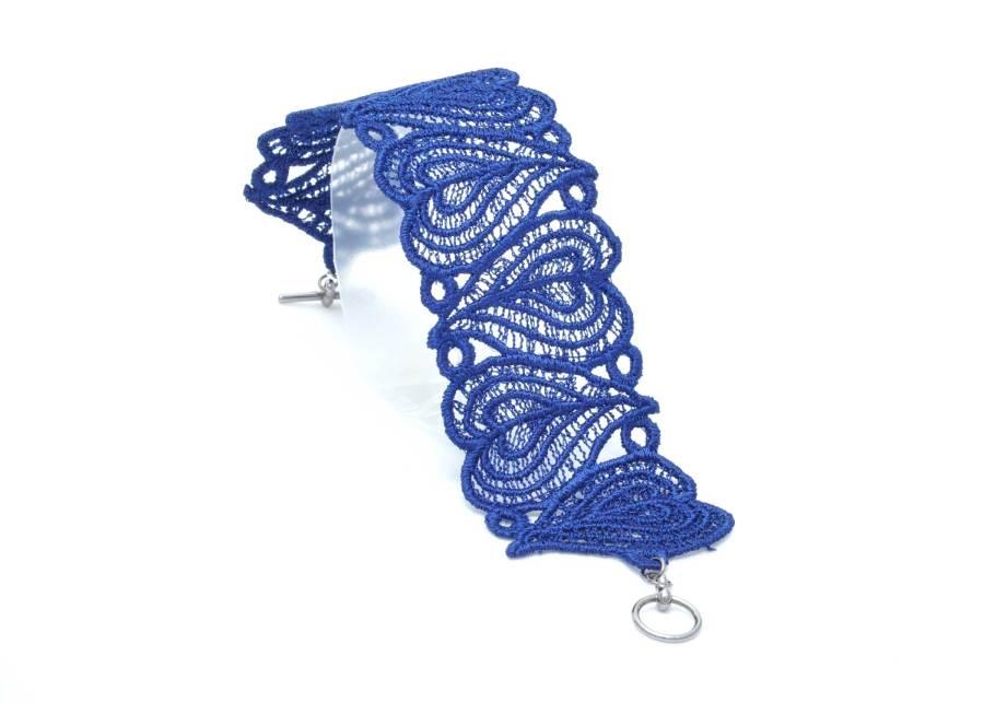 Lace Bracelet Moroccan Heart in Dark Navy