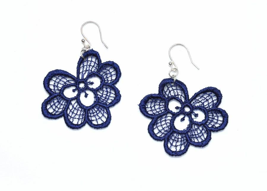 Oakleaf lace earrings in navy blue