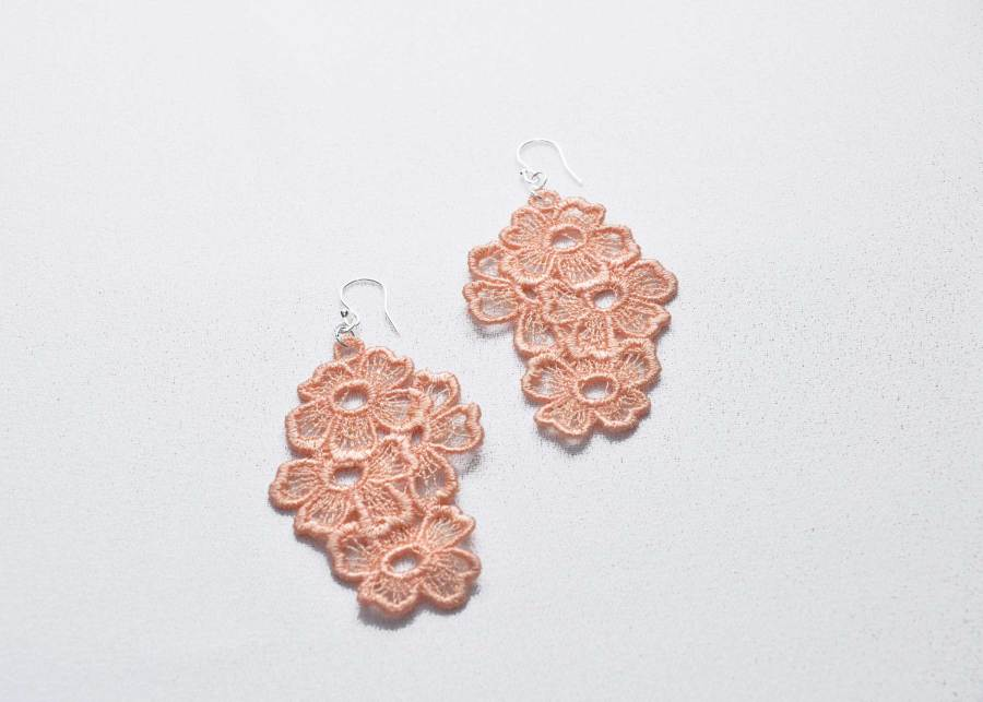 Large Daisy Dreamer Lace Earring in soft peach