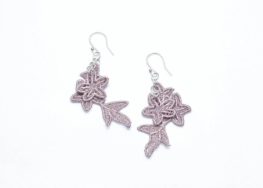 Jasper Lace Earring E8 Grey Lilac
