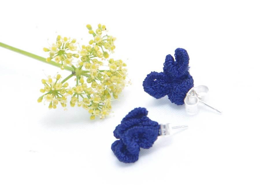 Tiny ruffled lace earrings in dark navy
