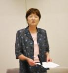 修正案について説明する大山とも子都議=9月30日、東京都議会