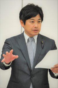 都議会環境・建設委で都を追求する原田あきら都議