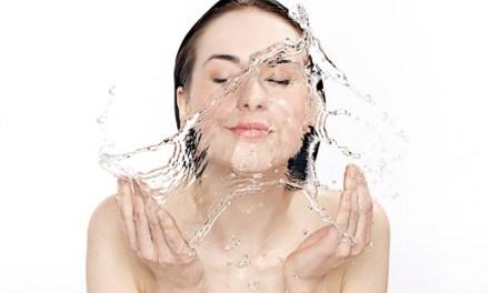 Pourquoi l'éclaboussure d'eau froide sur votre visage vous relaxe !