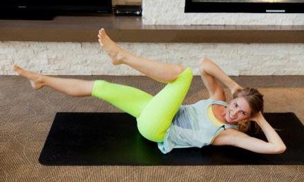 Virginie Duval, professeur de yoga, partage 9 trucs simples pour apprivoiser la méditation.