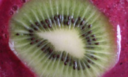 Recette: Le smoothie au kiwi & myrtilles