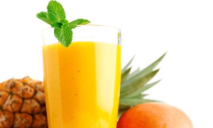 En dessert ou au petit déjeuner: Smoothie mangue ananas