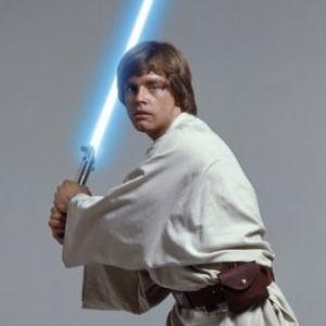 luke-w-light-saber-luke-skywalker-2493034-325-325