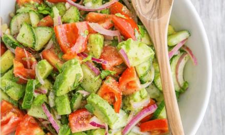 Recette de la salade detox de Natasha's Kitchen