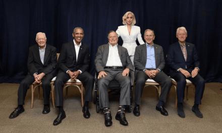 Lady Gaga au côté d'anciens présidents américains pour la bonne cause