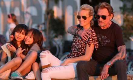 Johnny Hallyday «Vivement dimanche en famille»