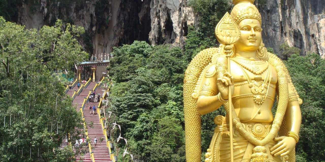 Les grottes de Batu, le plus grand sanctuaire hindouiste en Malaisie.