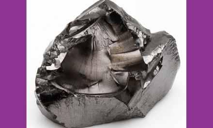 La Shungite: Tous les bienfaits de cette pierre de guérison mystérieuse et mythique.