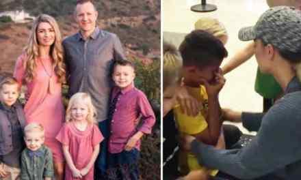 Une famille d'accueil qui a reçu un orphelin pendant tout un été, lui fait la surprise de l'adopter pour la vie.