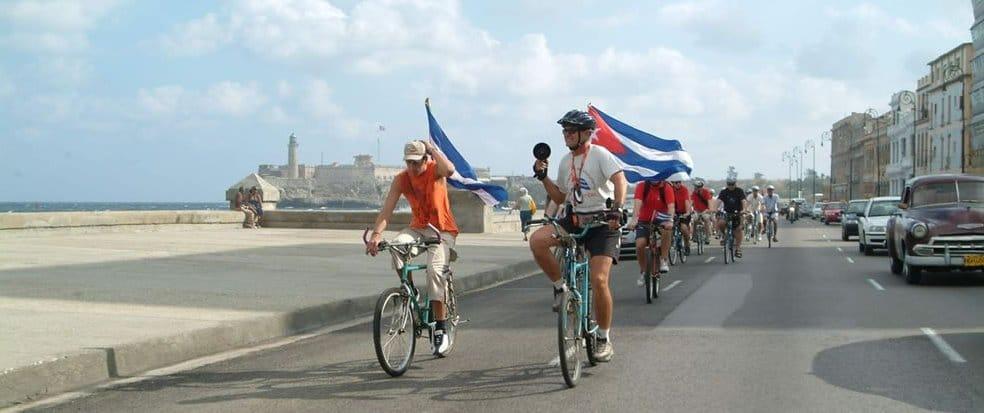 À La Havane, de jeunes Cubains pédalent pour «déstigmatiser» le vélo