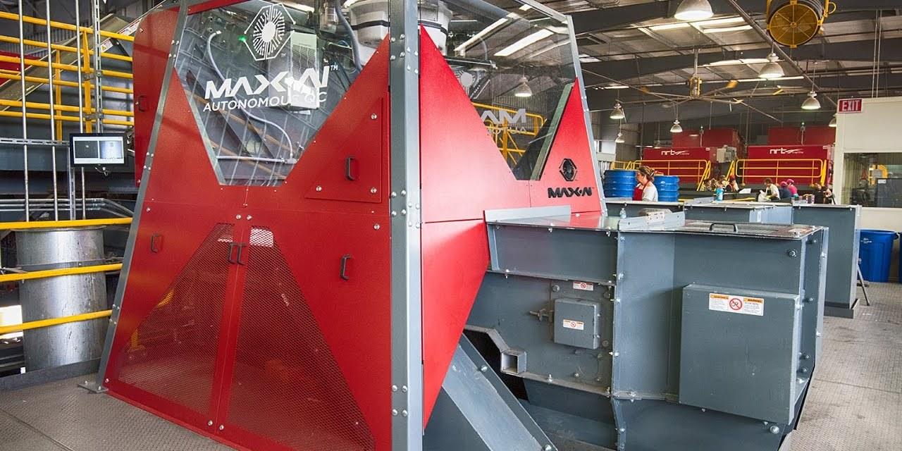 À Amiens, un robot intelligent promet d'améliorer le tri des déchets
