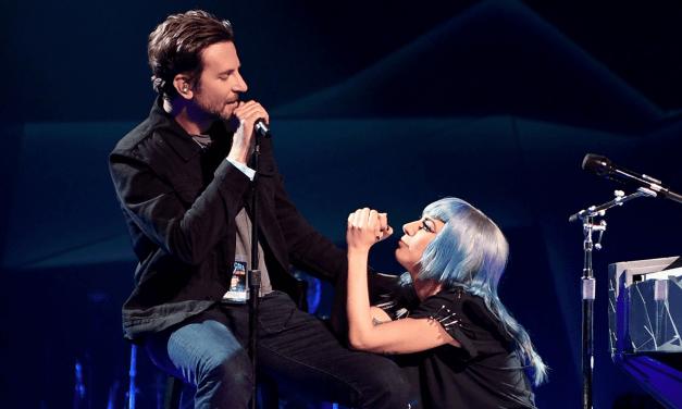 Bradley Cooper rejoint Lady Gaga sur scène à Las Vegas pour chanter (et c'est magique)