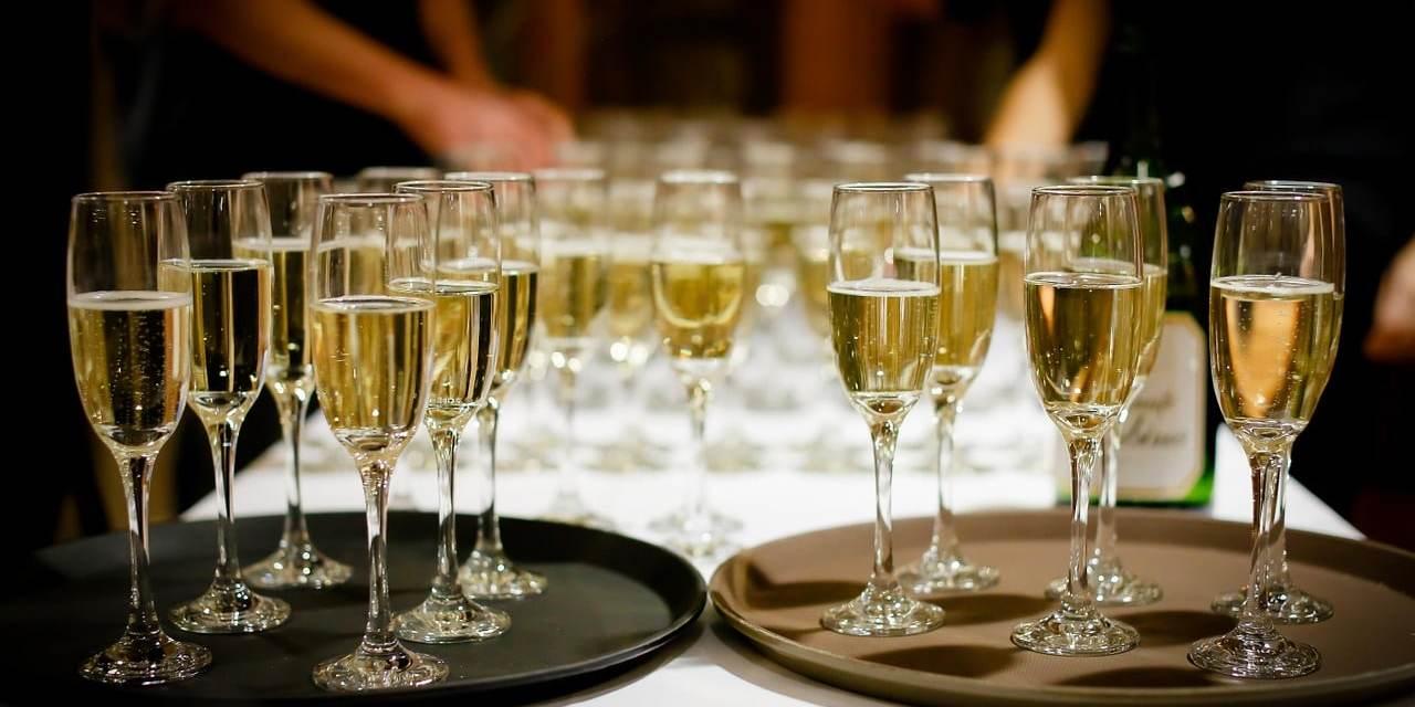 Le champagne permettrait de lutter contre la démence.