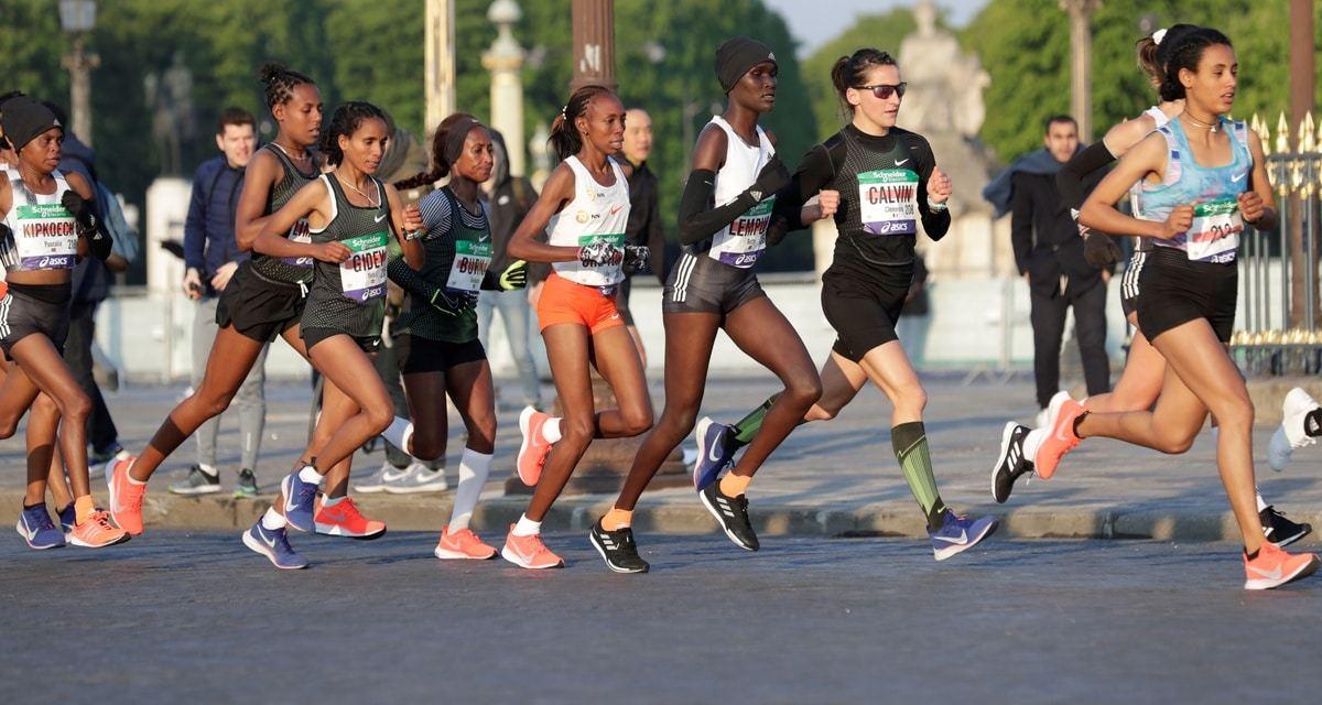 Clémence Calvin bat le record de France au marathon de Paris