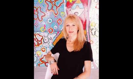 Maud Bourdin atteint un rêve: Présenter son art chez Drouot. Ça se passe ce soir et c'est en ligne! Venez découvrir son univers hype & happy!