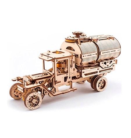Construcción de Madera – Camión Cisterna