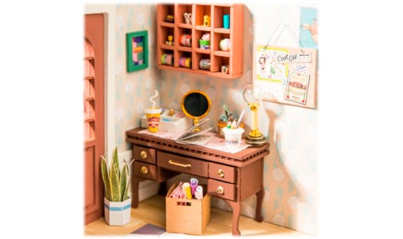 Miniature House DIY – Anne's Bedroom