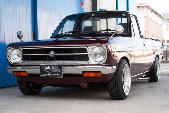 Nissan Sunny Truck DX Maroon for sale (8348)