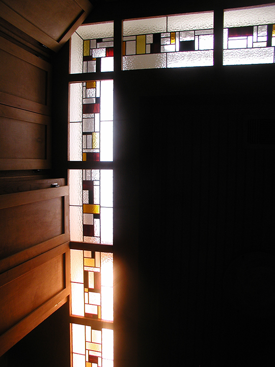 Custom And Reproduction Stained Glass Lamps And Lighting