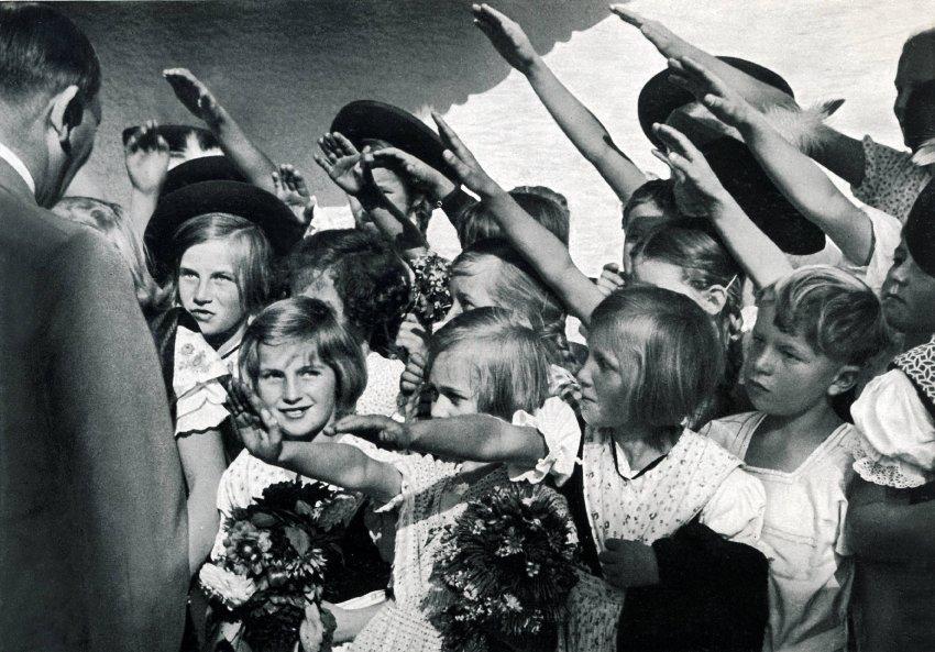 Ah Kids Sieg Heil John De Nugent