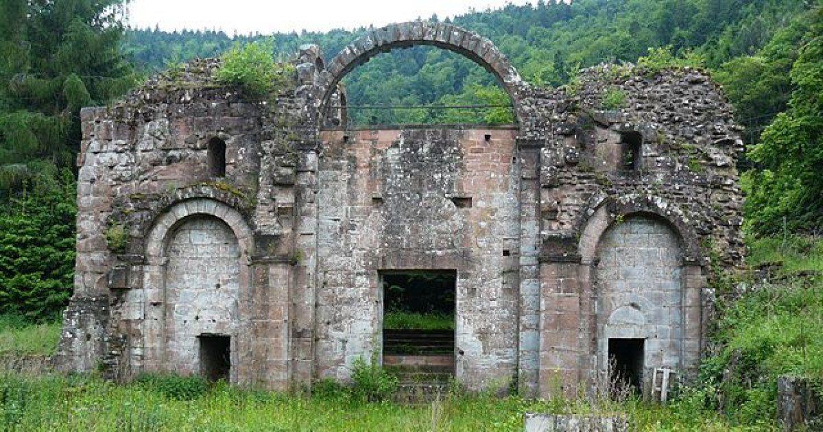 Abbaye De Niedermunster Alsase Ruines Histoire Et