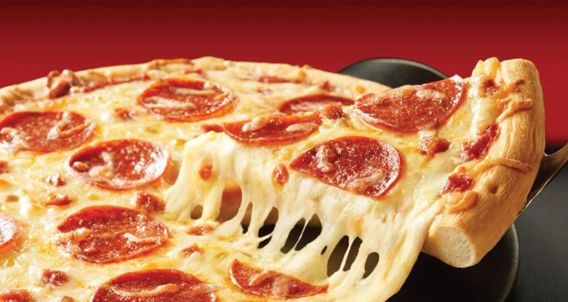 Las estrellas del rock tomamos pizza