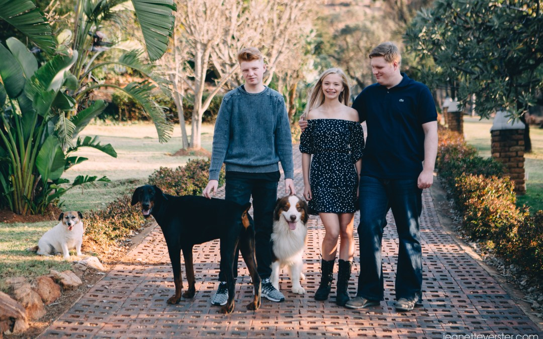 Rossouw family photos at home with their dogs