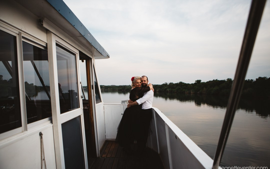 Liezl and Matthew's river cruise wedding