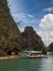 Approaching Coron Island