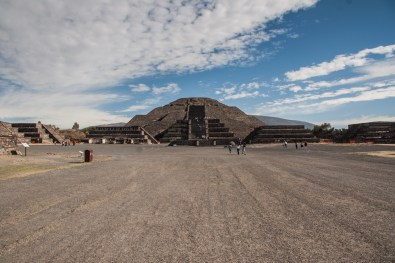 The Pyramid of the Moon sits at the end of the Avenue of the Dead, and has one of the largest plazas in the complex in front of it. It is believed that this plaza was used for gatherings that involved the entire community.