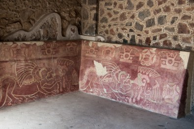 These murals are also in the Palace of the Jaguars, but are in a very different visual style.