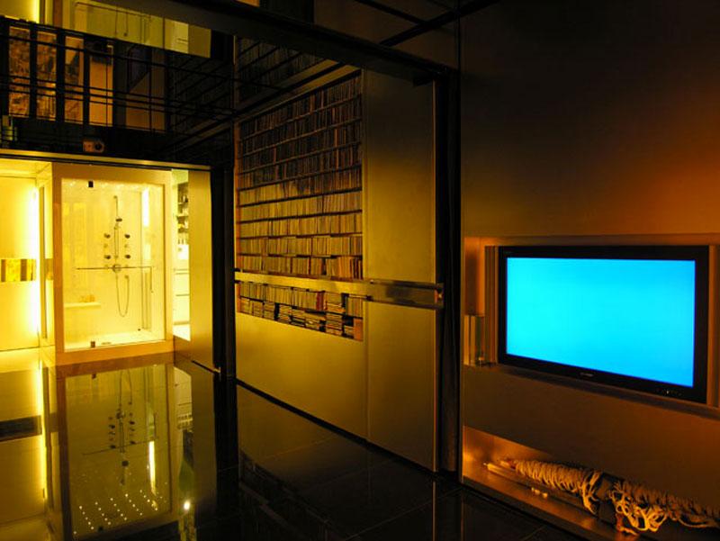 Hong Kong Micro Apartment By Gary Chang 24 Rooms 344