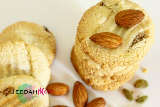 Almond Flour Raisin Cookies Recipe header