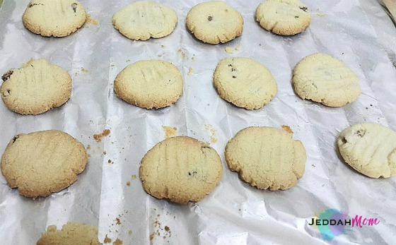 Almond Flour Raisin Cookies baking JeddahMOm