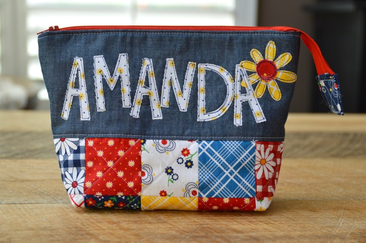 Text applique zipper pouch - Gingham girls