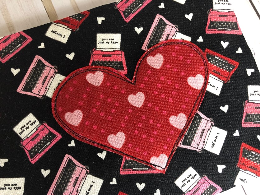 Valentines Zipper Pouch Tutorial