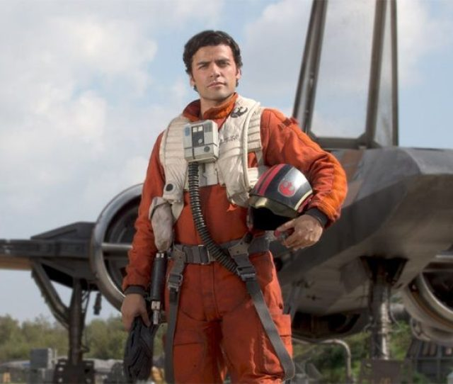 According To The Tweet Below Recently Sent Out By News Anchor Jake Hamilton Fans Will Be Able To See Oscar Isaac Poe Dameron In The Sequel Trilogy In