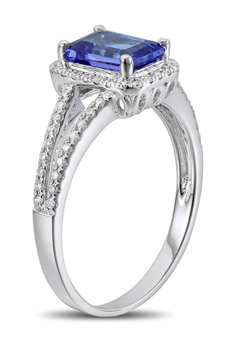 150 Carat Blue Sapphire And Diamond Halo Engagement Ring