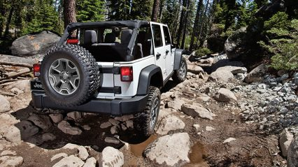 jeep-wrangler-outpost-2014-wrangler-unlimited-rubicon-white