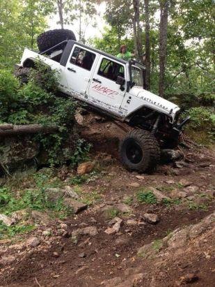 JeepWranglerOutpost.com-jeep-fun-h (13)