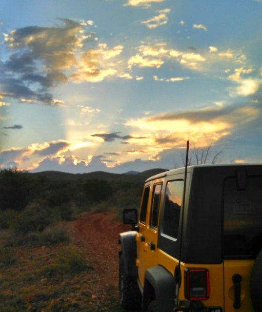 jeepwrangleroutpost-jeep-wrangler-fun-times-oo-250