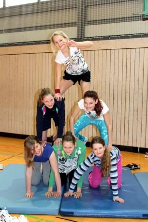 Pyramiden im Sportunterricht an der Jeetzeschule 2