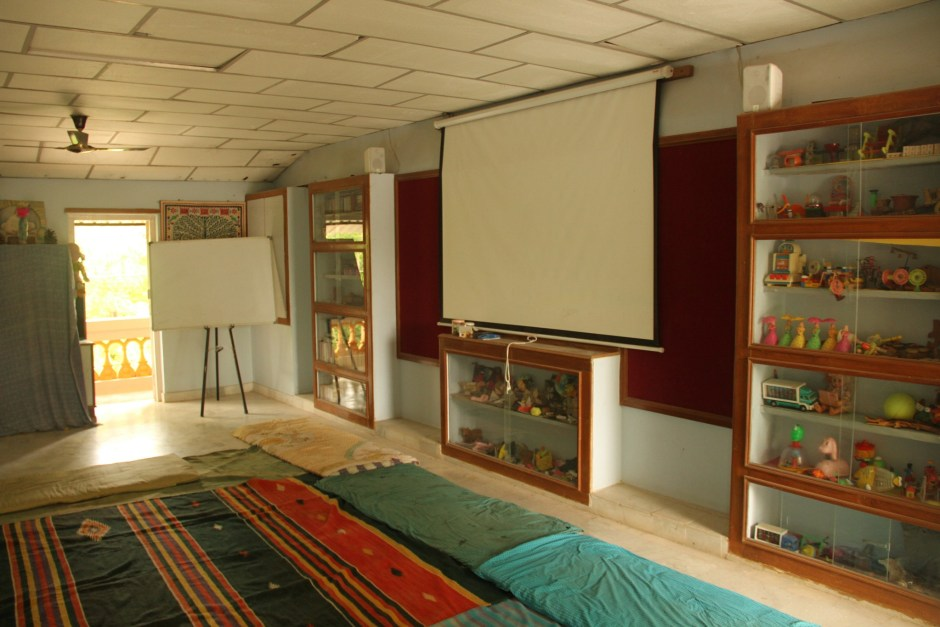 Conference hall with AC and LCD projector.