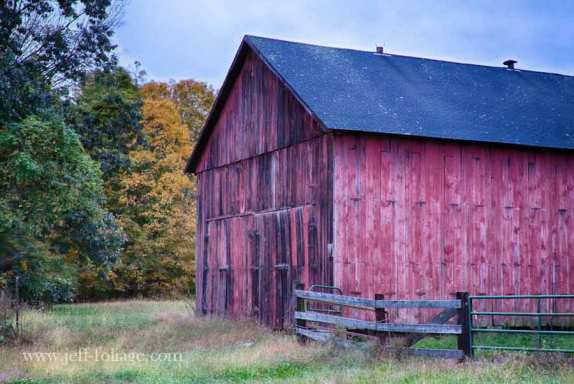 red barn in farmland in Connecticut river valley