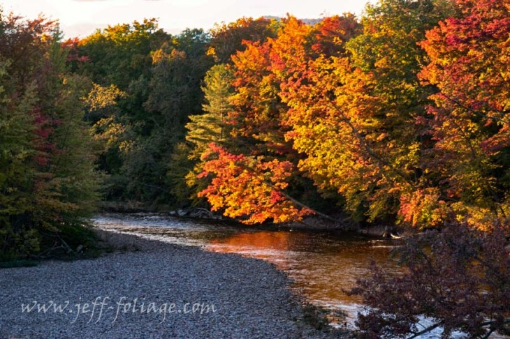 #JeffFolger, #Vistaphotography The reflection of the afternoon fall color is bright and colorful
